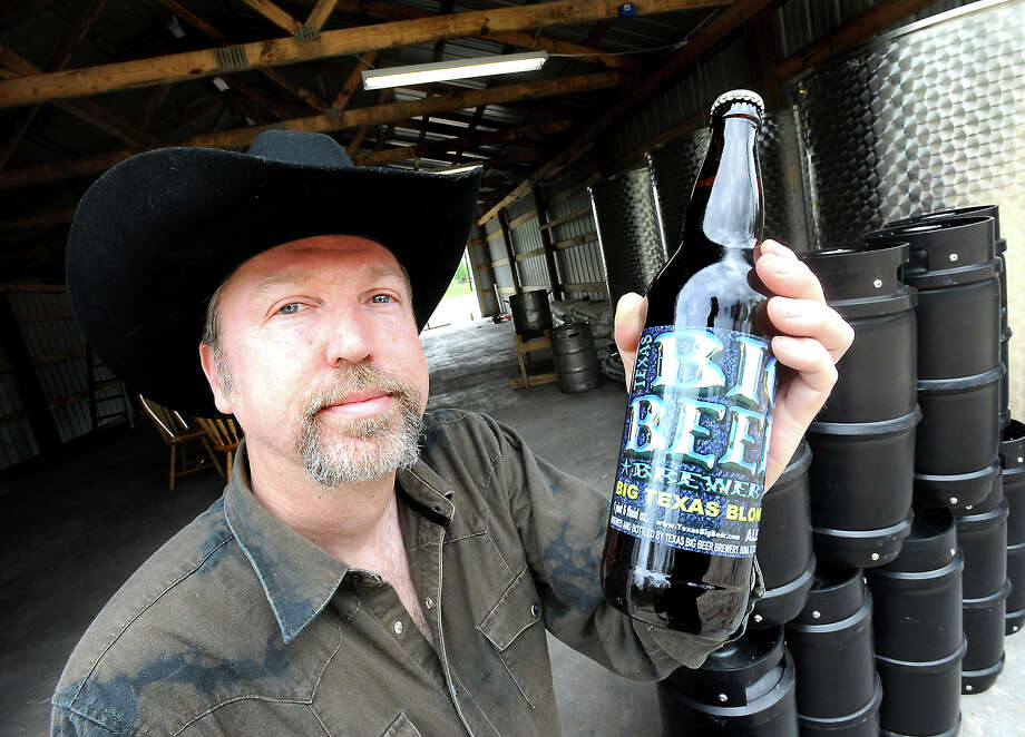 John McKissack is the man behind Texas Big Beer in Buna, Tuesday, March 13, 2012. Tammy McKinley/The Enterprise Photo: TAMMY MCKINLEY
