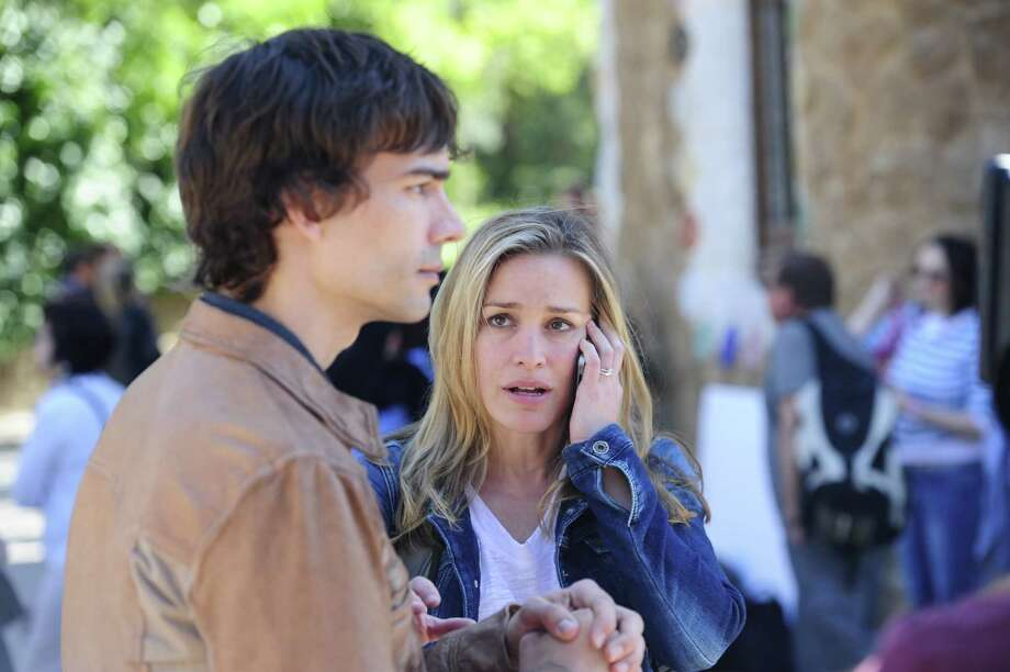 Are are auggie and annie dating on covert affairs really. was