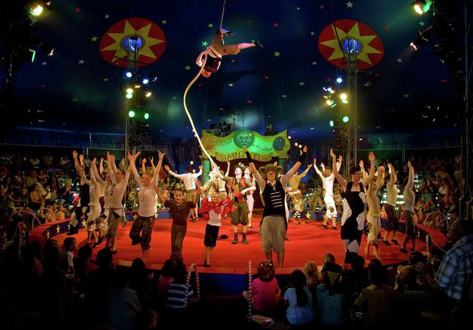 Circus Smirkus 2009 (Photo Courtesy Robert Sanson) Photo: Robert@sanson.org