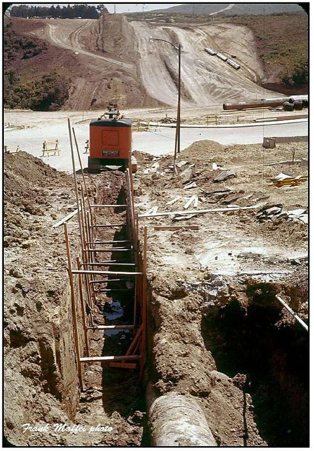 Undated photo of installation of the San Bruno pipeline.  Attributed to Frank Maffei, a former Pacific Gas and Electric Co. employee. (He's still alive.)   Contained in National Transportation Safety Board document release today.   http://www.ntsb.gov/Dockets/PipeLine/DCA10MP008/459127.pdf  Photo: Frank Maffei, Pacific Gas And Electric Co.