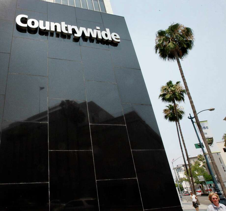 From 1996 until 2008, Countrywide Financial Corp. used discount loans to sway members of Congress yet managed to skirt bribery laws, a House report says. Photo: Kevork Djansezian / AP
