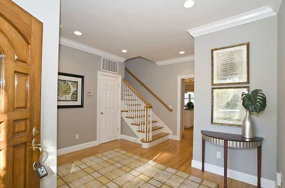 2104 Poppy Drive Photo: Coldwell Banker-Burlingame