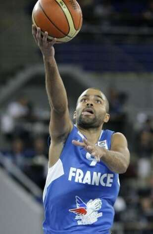 France's Tony Parker in action during their EuroBasket 2009, European Basketball Championships group E qualifying round match against Croatia, in Bydgoszcz, Poland, Sunday Sept. 13, 2009. (Darko Vojinovic / Associated Press)