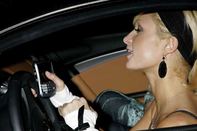 4. Driving while you look at your phone. Photo: David Livingston, Getty Images / 2006 Getty Images