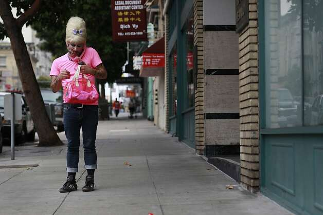 Bubbles checks voicemail in San Francisco, Calif. Photo: Mike Kepka, The Chronicle