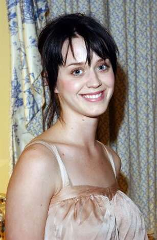 Katy Perry in 2004, at a Jimmy Choo Oscar Collection preview in Beverly Hills.   (Getty Images)