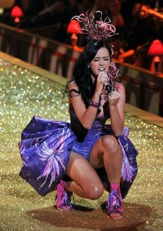 Performing during the 2010 Victoria's Secret Fashion Show in New York City. (Theo Wargo / Getty Images)