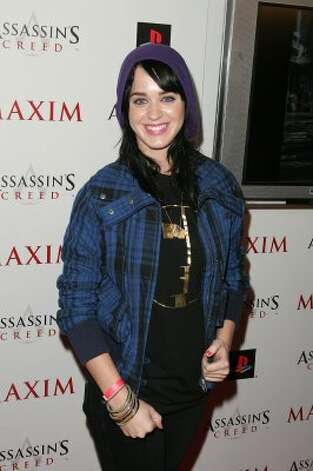 Before blue hair, in 2007, at the launch of Ubisoft's 'Assassin's Creed' in Los Angeles. (Noel Vasquez / Getty Images)