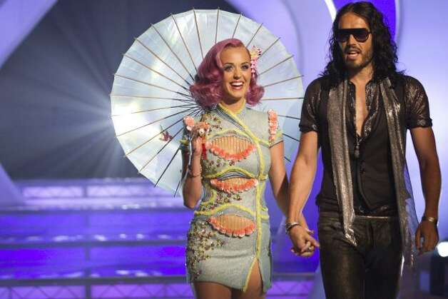 Before they divorced: Katy Perry and actor husband Russell Brand at 2011 MTV Video Music Awards.  (Christopher Polk / Getty Images)