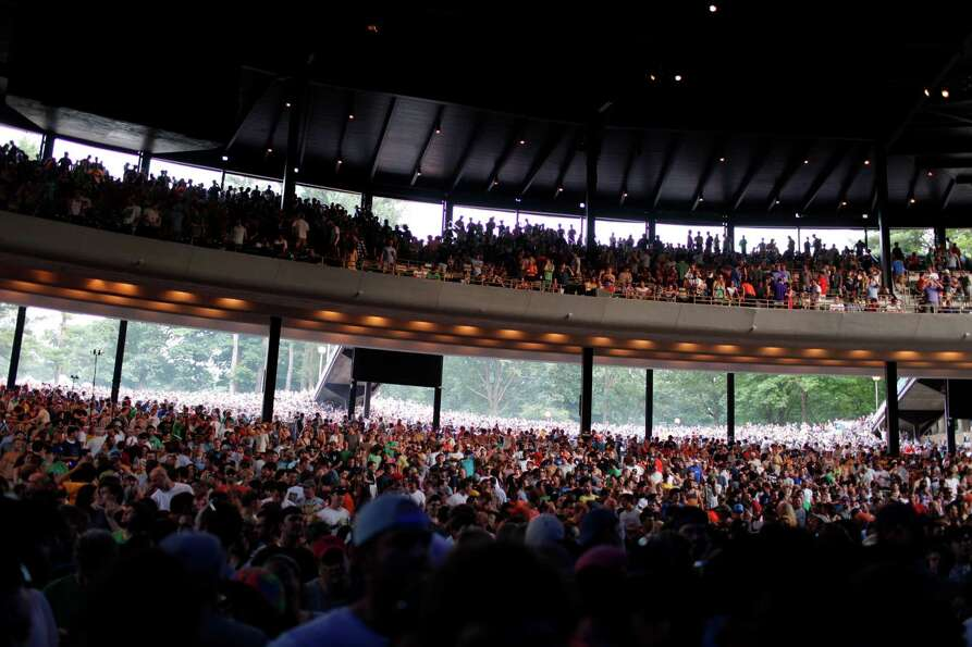 Fans fills the Saratoga Performing Arts Center for the Friday night performance of the band Phish, J