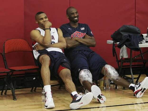 USA men's basketball national team members Russell Westbrook, left, hangs out with teammate Kobe Bryant after practice at the Mendenhall Center on the UNLV campus in Las Vegas on Friday, July 6, 2012. (Jason Bean / AP Photo/Las Vegas Review-Journal)