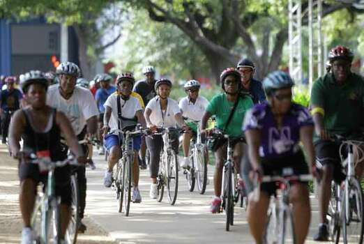Riders return to Discovery Green on Saturday. Photo: Melissa Phillip, . / © 2012 Houston Chronicle