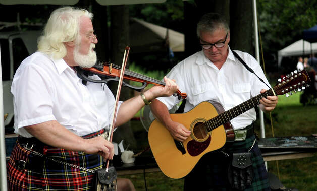 The Round Hill Highland Games at Cranbury Park in Norwalk on Saturday, July 7, 2012. Photo: Lindsay Niegelberg / Stamford Advocate