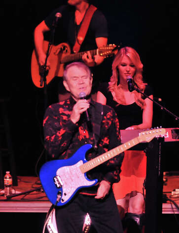 Glen Campbell performs at the Majestic Theatre Saturday night as part of his farewell tour. Last year Campbell was diagnosed with Alzheimers disease. Photo: Robin Jerstad, Robin Jerstad/For The Express-News / Robert Jerstad   !    !RPO-=