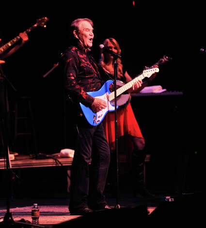 Glen Campbell performs at the Majestic Theatre Saturday night as part of his farewell tour. Last year Campbell was diagnosed with Alzheimers disease. Photo: Robin Jerstad, Robin Jerstad/For The Express-News / ROBIN JERSTAD     210 254 6552