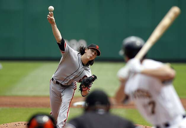PITTSBURGH, PA - JULY 8: Tim Lincecum #55 of the San Francisco Giants pitches against the Pittsburgh Pirates during the game on July 8, 2012 at PNC Park in Pittsburgh, Pennsylvania. (Photo by Justin K. Aller/Getty Images) Photo: Justin K. Aller, Getty Images