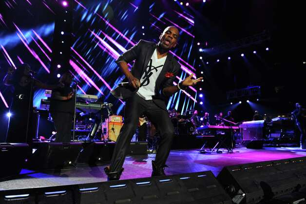 Kirk Franklin performs at the Essence Music Festival in New Orleans on Sunday, July 8, 2012.  (Photo by Cheryl Gerber/Invision/AP) Photo: Cheryl Gerber, INVL / 2012 Invision