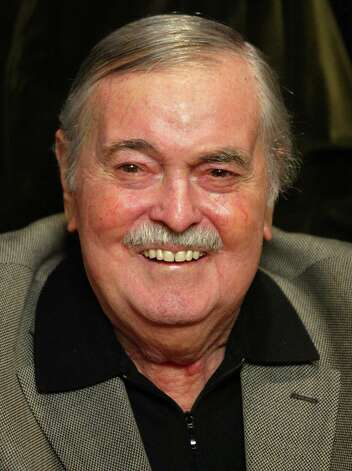 "James Doohan who played ""Scotty"" in the Star Trek series, experienced memory loss for several months before being diagnosed with the disease at 84. Photo: GENE BLEVINS, REUTERS / X01685"
