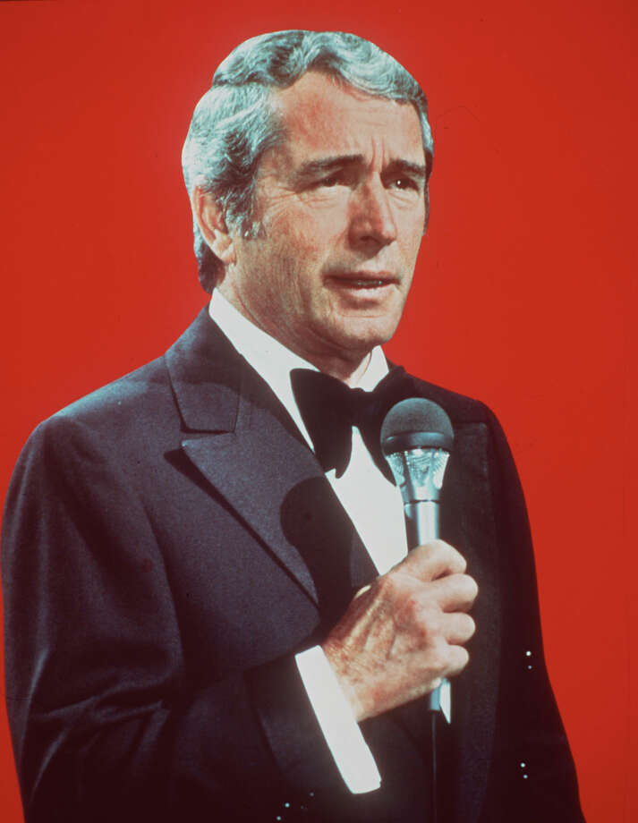 Perry Como, the crooning baritone barber famous for his relaxed vocals, cardigan sweaters and television Christmas specials, died at his home Saturday, May 12, 2001, after a lengthy battle with Alzheimer's. Photo: AP / NBC