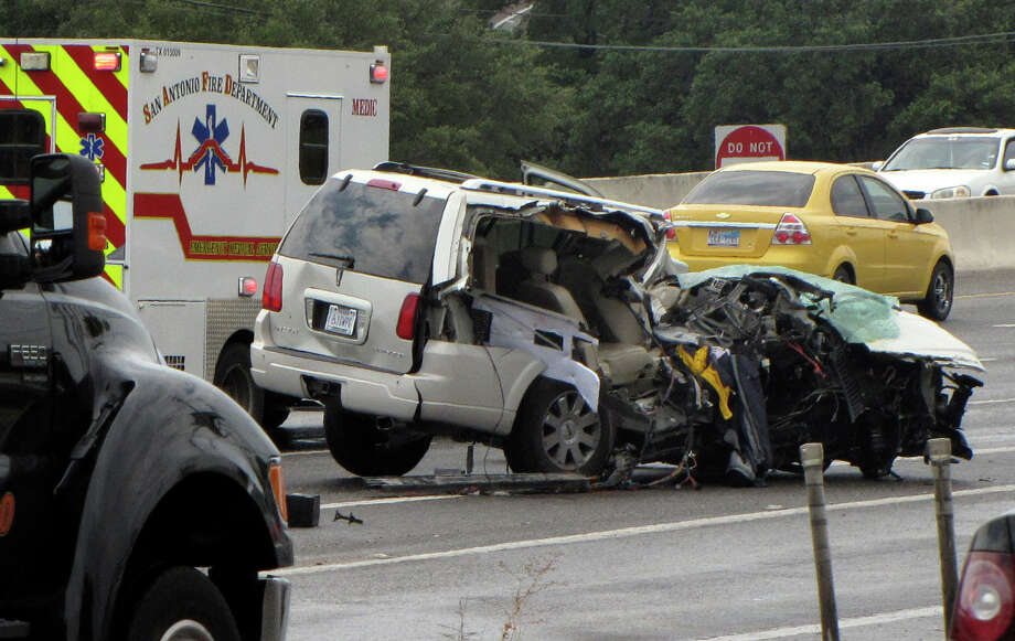 A man is flown to an area hospital following a wreck that killed a young boy on U.S. 281 near Brook Hollow Boulevard early Monday. Photo by ANA LEY Photo: ANA LEY, San Antonio Express-News / San Antonio Express-News