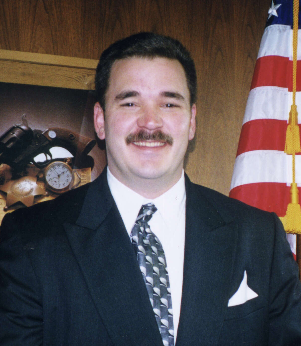 LOUIS GUTHRIE - CONSTABLE PCT. 4. GOP 2000. HOUCHRON CAPTION (03/05/2000): Louis Guthrie HOUSTON CHRONICLE SPECIAL SECTION: VOTER'S GUIDE/PRIMARY MARCH 2000.