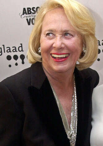 Liz Smith: Gossip columnist for several media outlets, including Hearst newspapers, New York Daily News, Newsday, the New York Post and on television. Photo: Stephen Chernin, Associated Press
