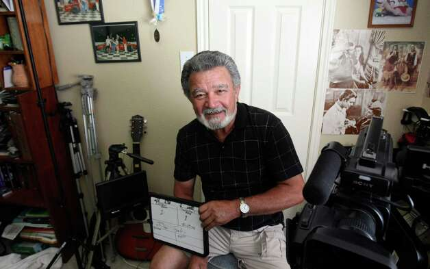 "Oscar Soliz has produced a documentary called ""Deep Scars"" that recounts the struggles of four Vietnam veterans. Photo: Helen L. Montoya, Staff / ©SAN ANTONIO EXPRESS-NEWS"
