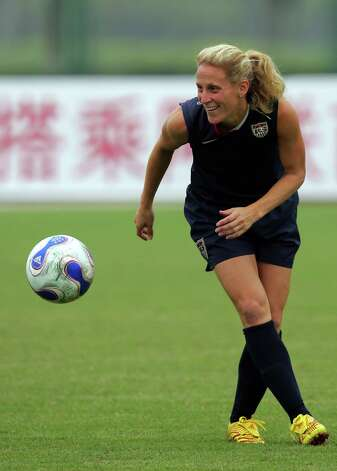 CHENGDU, CHINA - SEPTEMBER 10:  Forward Kristine Lilly of the U.S. Women's National Team during a training session for the FIFA Women's World Cup at Chengdu University of Information Technology on September 10, 2007 in Chengdu, China.  (Photo by Ronald Martinez/Getty Images) Photo: Ronald Martinez, Getty Images / 2007 Getty Images