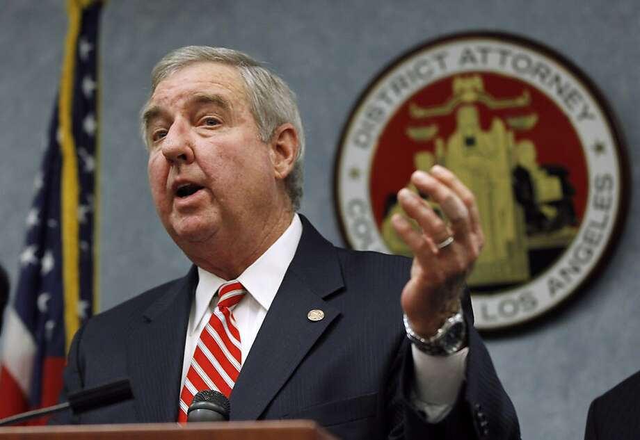 L.A. County District Attorney Steve Cooley has request- ed the use of single-drug injections. Photo: Pool, Getty Images
