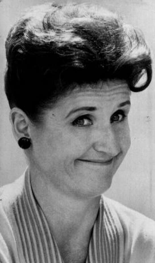 "Ann. B. Davis, who played Alice on ""The Brady Bunch.""  (DG)"