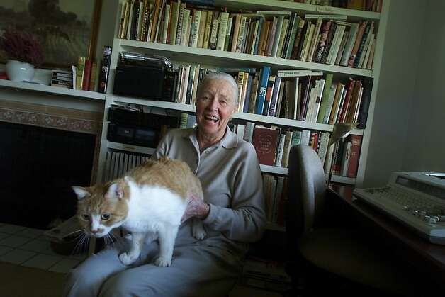 American cooking icon Marion Cunningham with her cat  at home in Walnut Creek. Photo: Mike Kepka, SFC