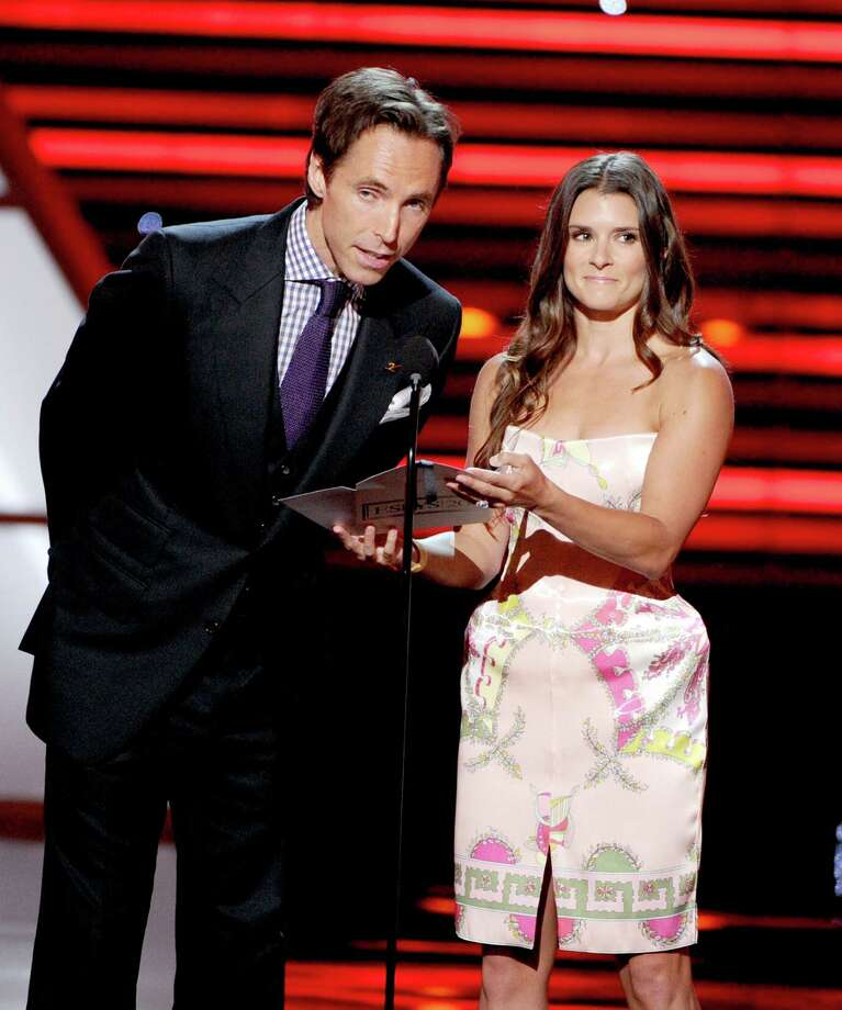 NBA player Steve Nash and Nascar Driver Danica Patrick present award for Best Team onstage. Photo: Kevin Winter, Getty Images / 2012 Getty Images