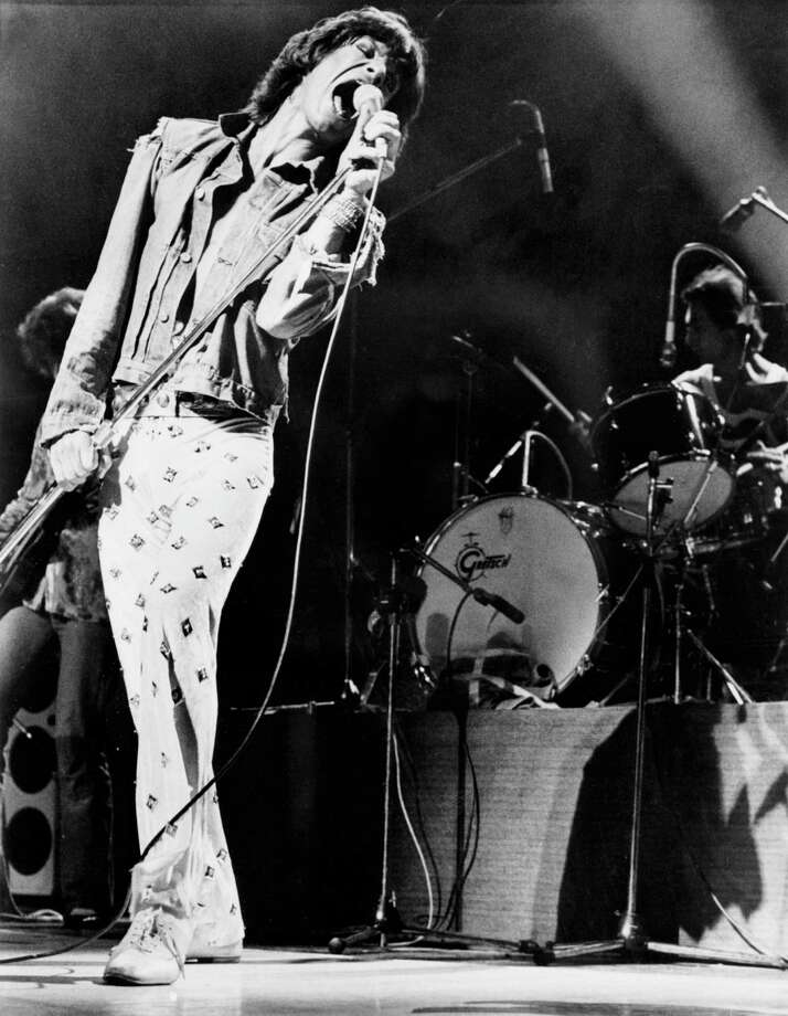We hope that after this September 1973 concert, he never wore these trousers again. AFP PHOTO Photo: AFP, Getty / AFP
