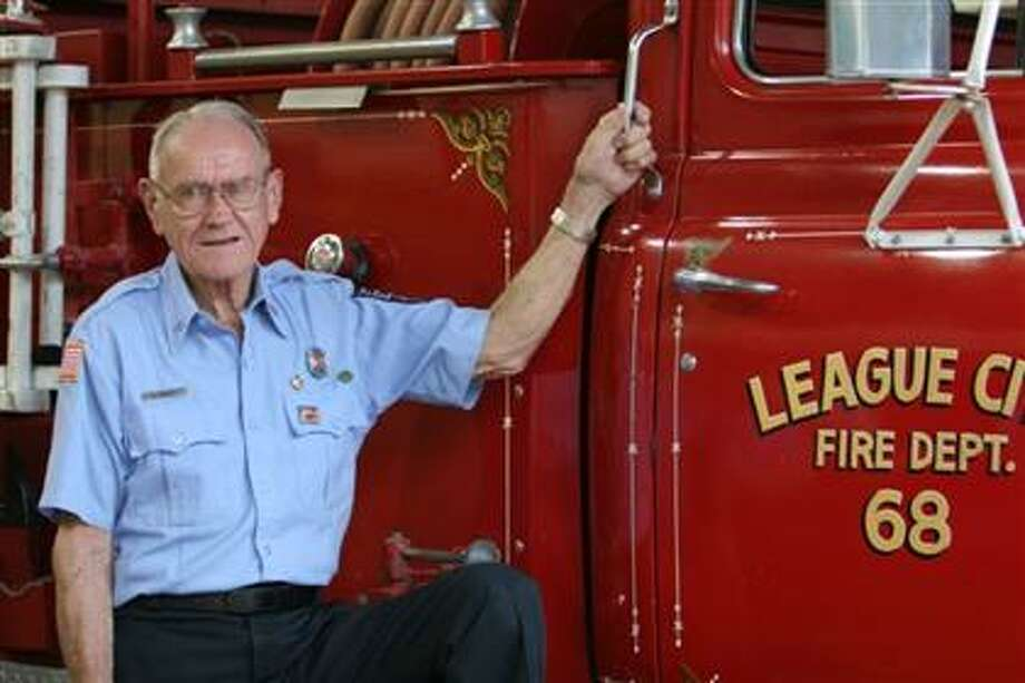 Arthur Hewitt served with the League City volunteer fire department for 61 years. He was a bombardier in World War II. / City of League City