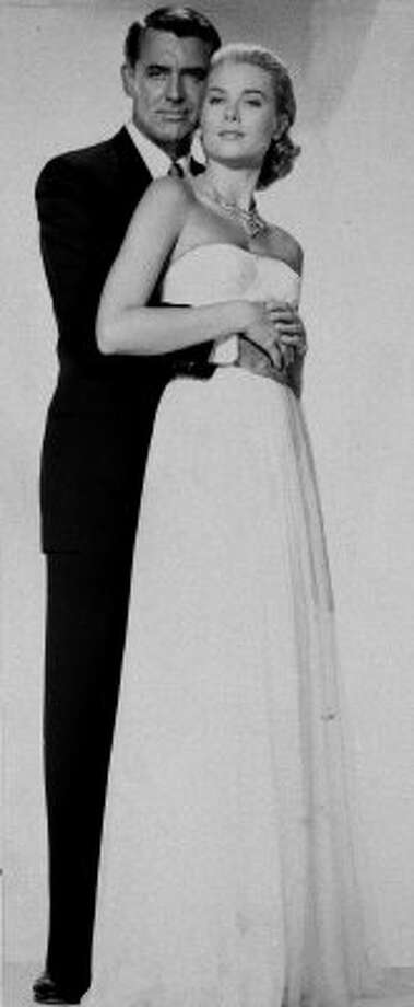 """Cary Grant and Grace Kelly in  """"To Catch a Thief,"""" 1954.  (ASSOCIATED PRESS)"""