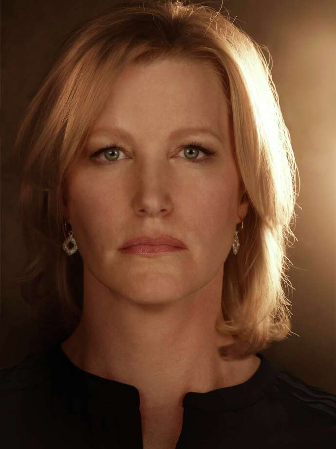 "Outstanding Supporting Actress In A Drama Series 2012Anna Gunn as Skyler White ""Breaking Bad"" Photo: Ursula Coyote/AMC"