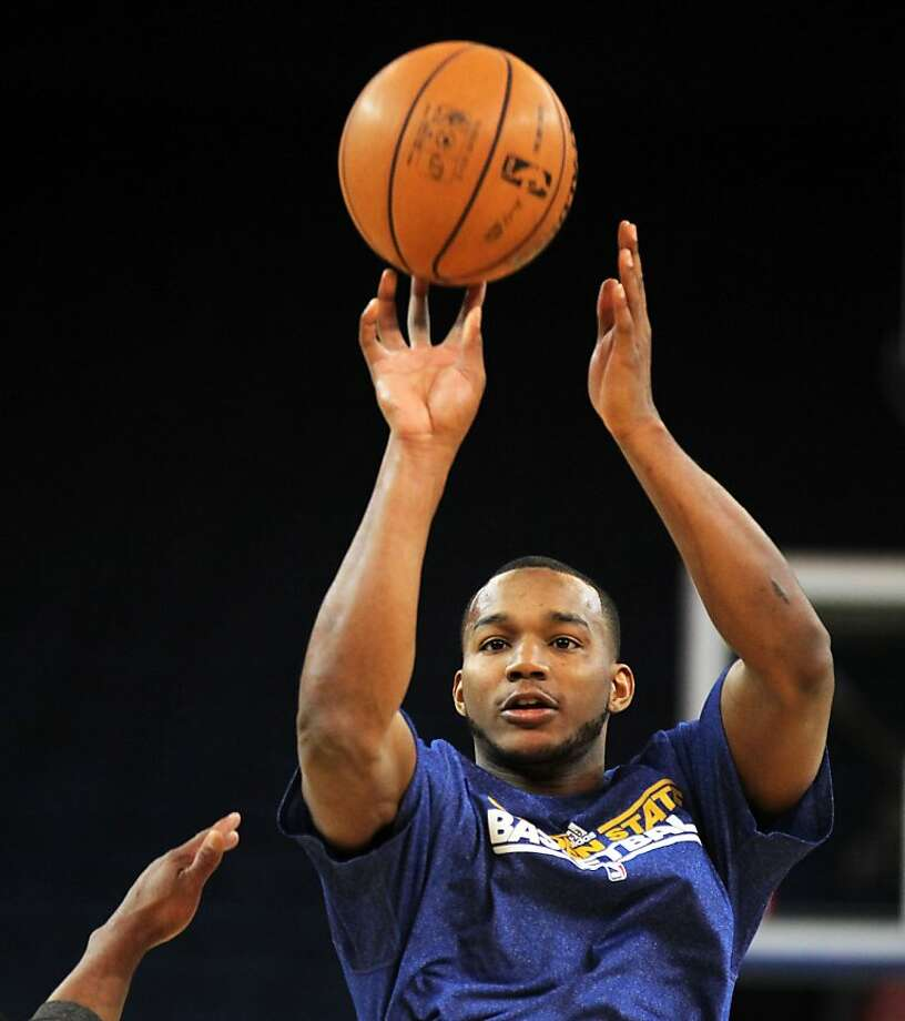 Golden State Warriors' Chris Wright warms up prior to the start of their game with the Portland Trail Blazers, Wednesday, February. 15, 2012, in Oakland, Calif. Photo: Lance Iversen, The Chronicle