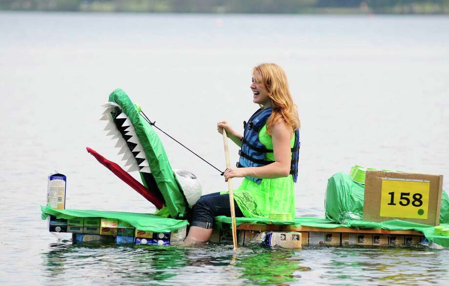 An alligator boat is designed to open its mouth during each paddle. Photo: LINDSEY WASSON / SEATTLEPI.COM