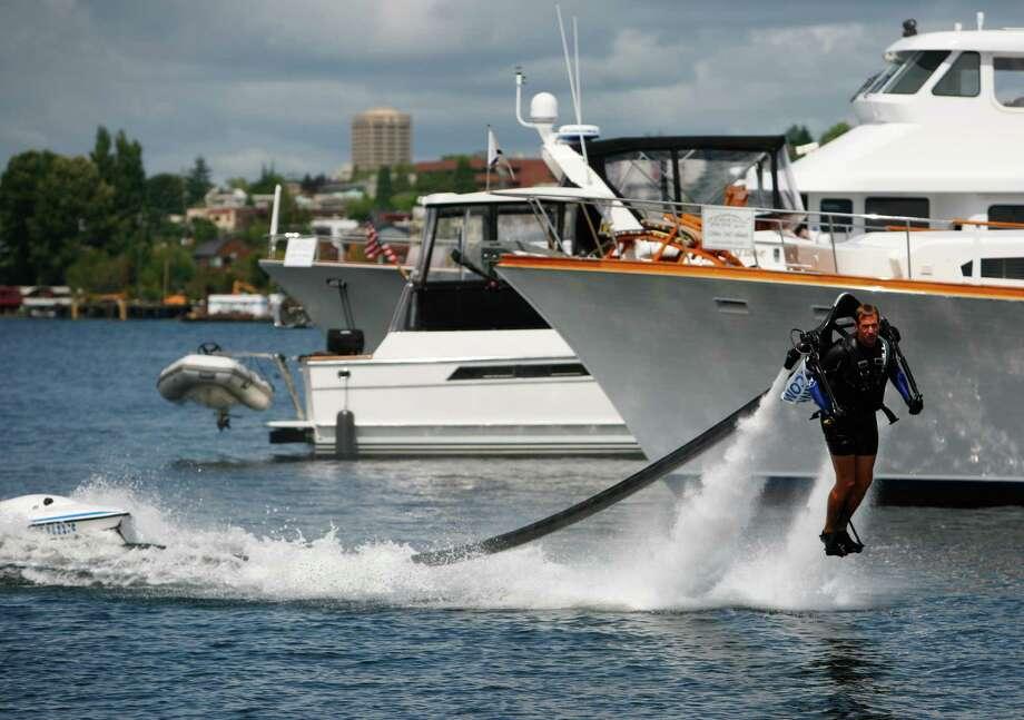 Wes Dawson flies the jet pack. Photo: Sofia Jaramillo / SEATTLEPI.COM