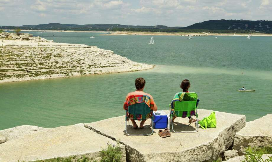 Lake Travis Dive sites in Lake Travis include scuba parks, grottos more than 100 feet deep and plenty of wildlife. However, divers can also find unopened beers, washing machines and other strange objects dropped by visitors to the lake. Photo: Jay Janner / Austin American-Statesman