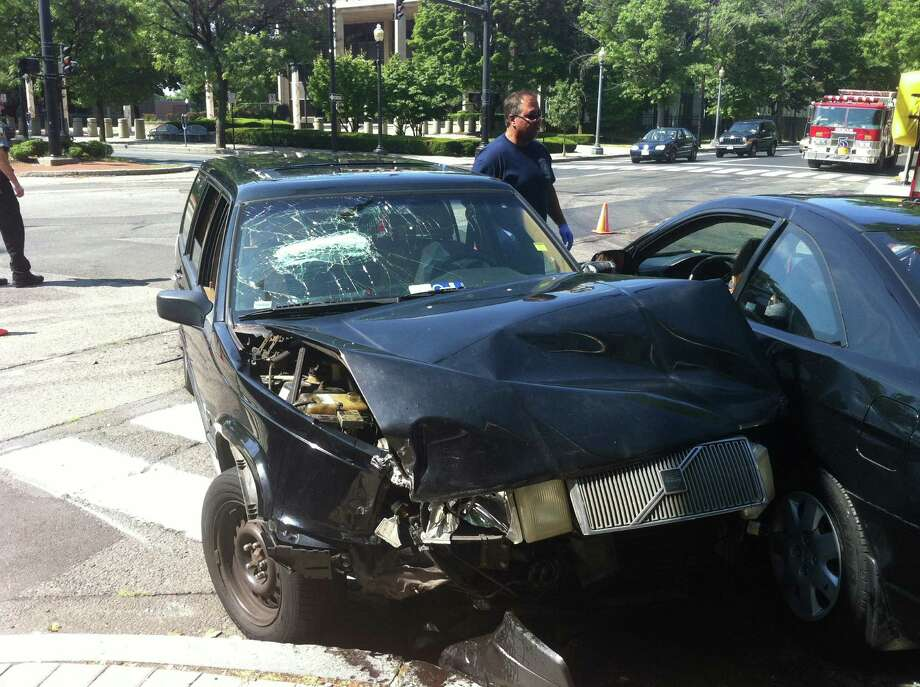 FILE: A report found is that drivers in Bridgeport find themselves in car crashes once every 6.7 years, a likelihood 49.8 percent greater than the national average of 10 years between crashes. Photo: Ben Doody