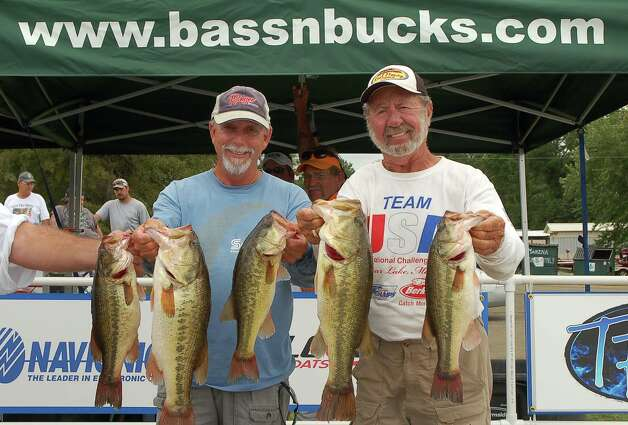 Harold Allen and Glen Freeman won 3rd place overall with 19.88 lbs  photo by Patty Lenderman / Lakecaster