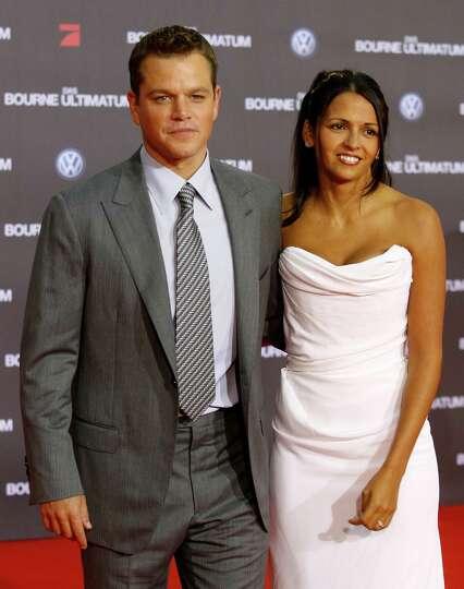 Matt Damon met his wif...