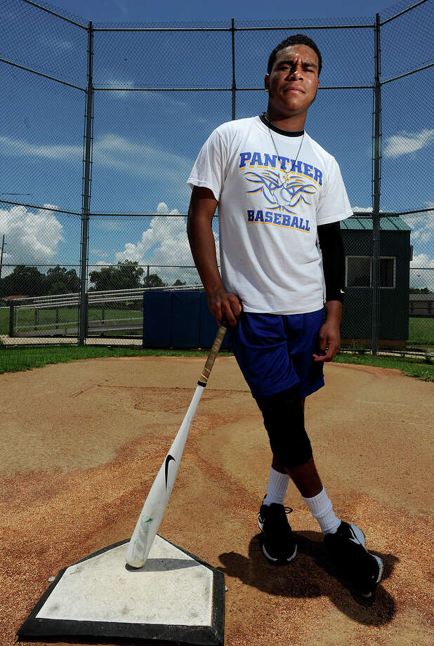 Regardless of a knee injury, Ozen's Nicholas Monette is expected to play for Huston-Tillotson. Photo taken Monday, July 16, 2012 Guiseppe Barranco/The Enterprise Photo: Guiseppe Barranco, STAFF PHOTOGRAPHER / The Beaumont Enterprise