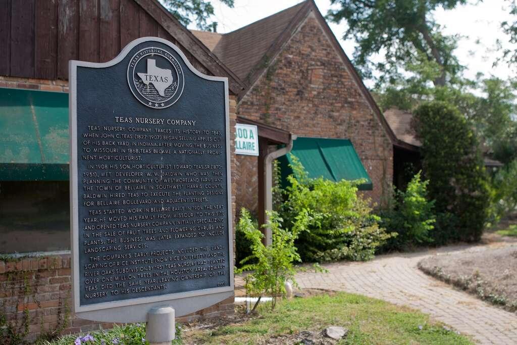 Teas Left Green Legacy In Houston Chronicle