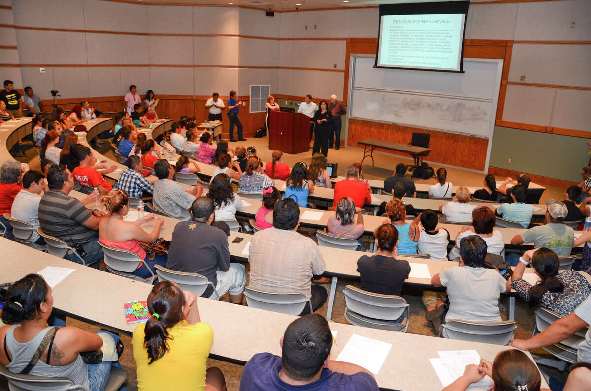 Texas A&M International University (Laredo)Texas rank: 24Niche grade: B-Best academics ranking: B-Average net price: $1,925Endowment per full-time student: $6,923Overall student experience: 4.0/5