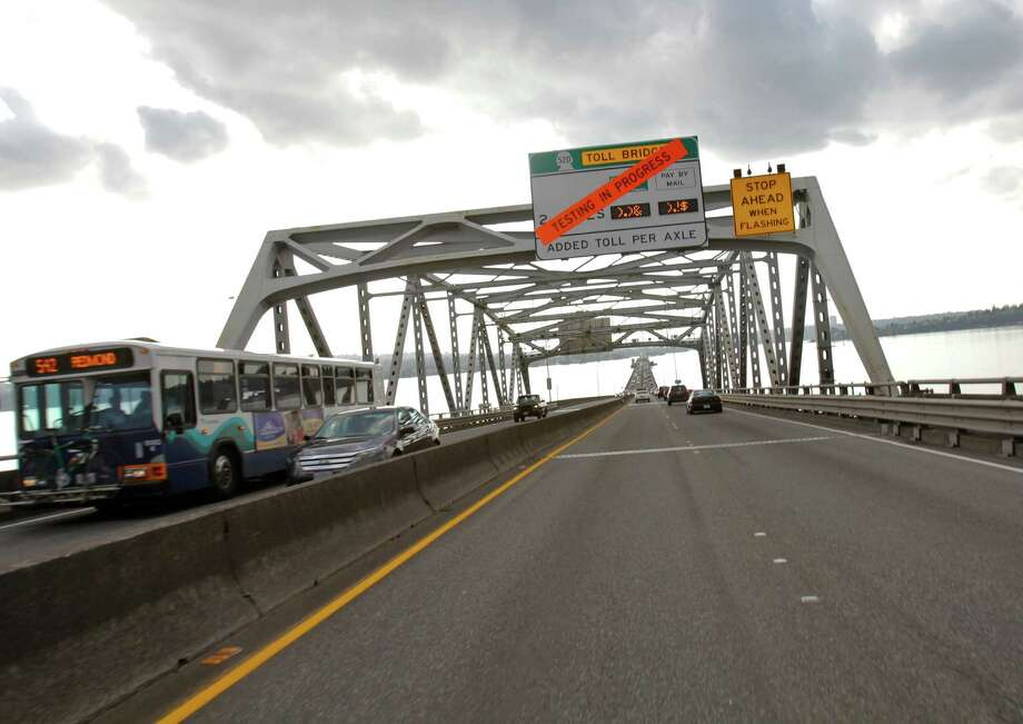 The 520 bridge  between Seattle and Mercer Island continues testing on August 31, 2011 Photo: JOE DYER / SEATTLEPI.COM