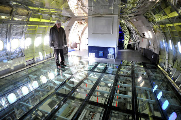 At the front of the A300, a glass floor allows visitors to see airplane systems. Photo: DAVID BECUS/Aeroscopia
