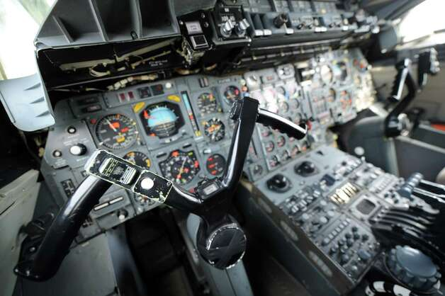 A picture taken on July 18, 2012 shows flight deck in the  cockpit of flight-test Concorde Sierra Bravo at Blagnac airport,  southern France. Photo: ERIC CABANIS, AFP/Getty Images / 2012 AFP