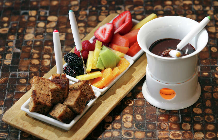 Chocolate Fondue at Azúca.